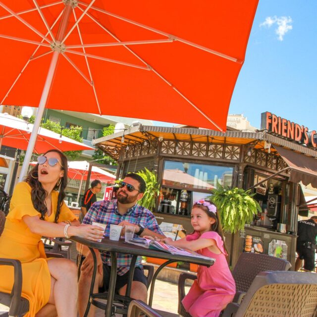 Ven y disfruta del Oeste con tu familia. Encuentra en nuestra nueva página web: recomenciones de lugares para visitar, cosas que hacer, ofertas, y mucho más. . . #orangebliving #oeste #mayaguez #caborojo #rincon #aguadilla #sansebastian #yauco #puertorico #turismointerno #turismo #tiratepr #airbnbpr #airbnb